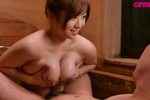 中村知恵_彼女の姉が巨乳と中出しで誘惑してくるエロい肉付き!